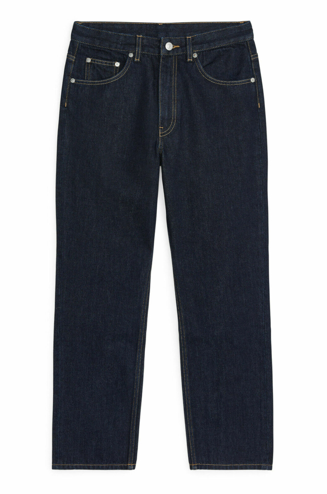 Mörka jeans till våren 2019 i rak modell