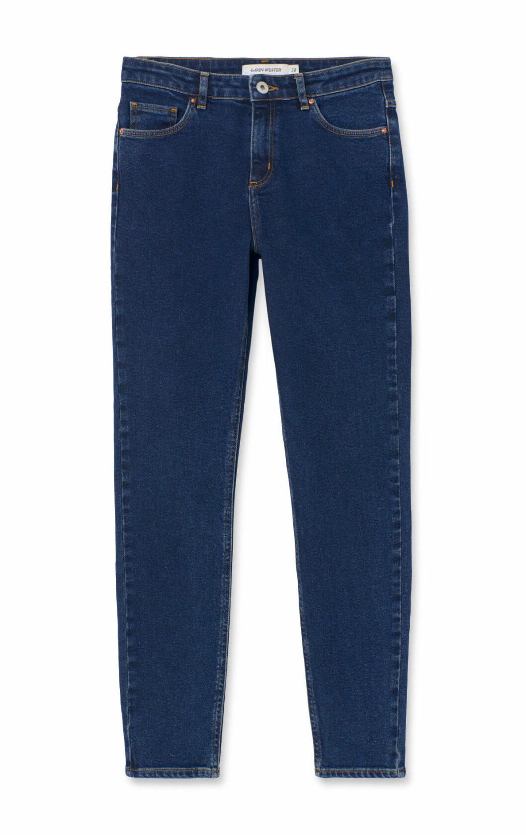 Jeans för dam till våren 2019, med smala ben, stuprörsjeans