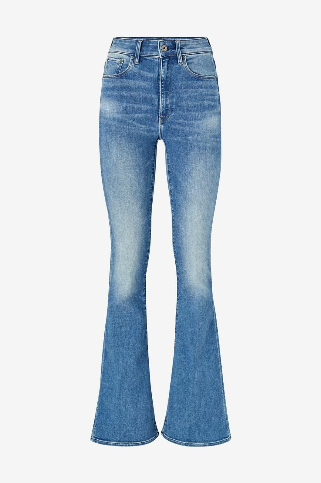Jeans i bootcut-modell för dam till våren 2020
