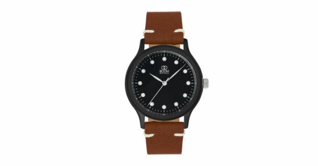 Skapa en unik klocka och ge bort till din partner. Den här är från svenska Boom Watches