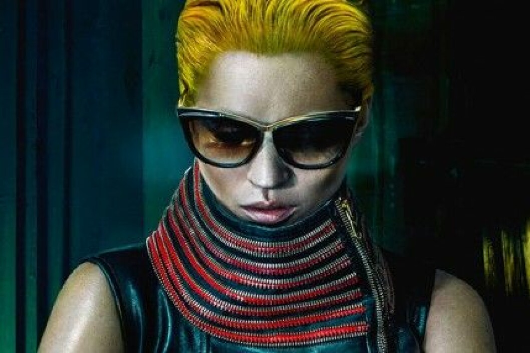 Kate Moss för Alexander McQueen, S/S 2014.