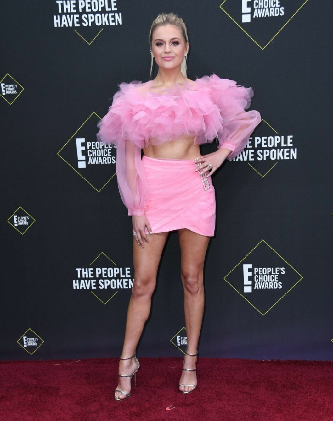 Kelsea Ballerini på röda mattan på People's Choice Awards 2019