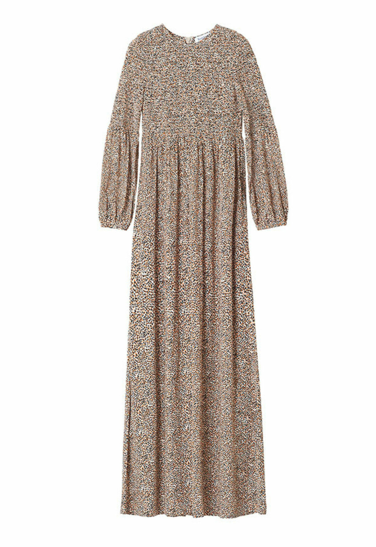 Beige smockad klänning från Rodebjer till 2020