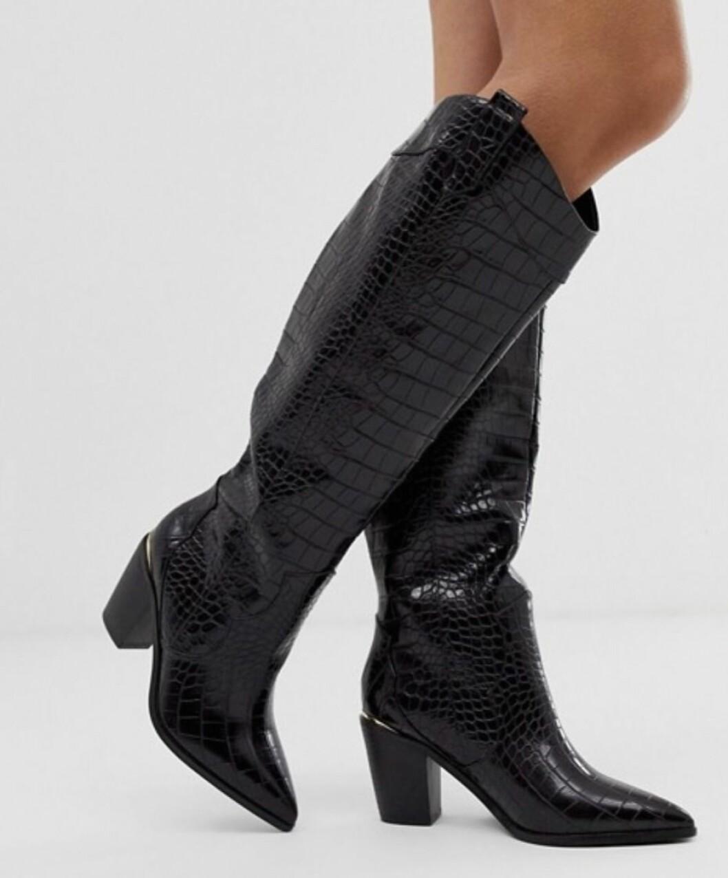 Svarta knähöga boots i cowboy-modell för dam