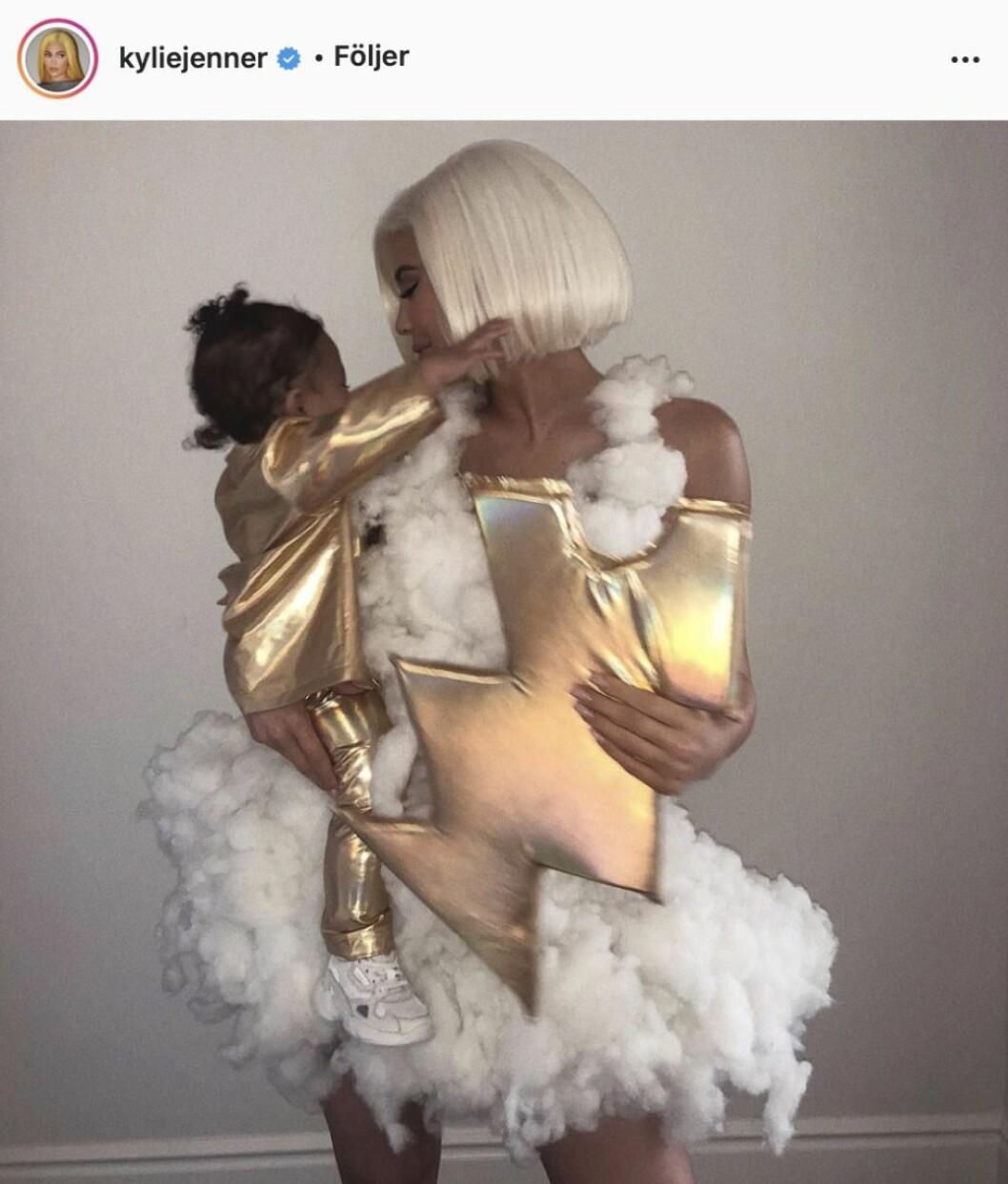 Kylie Jenner som en storm