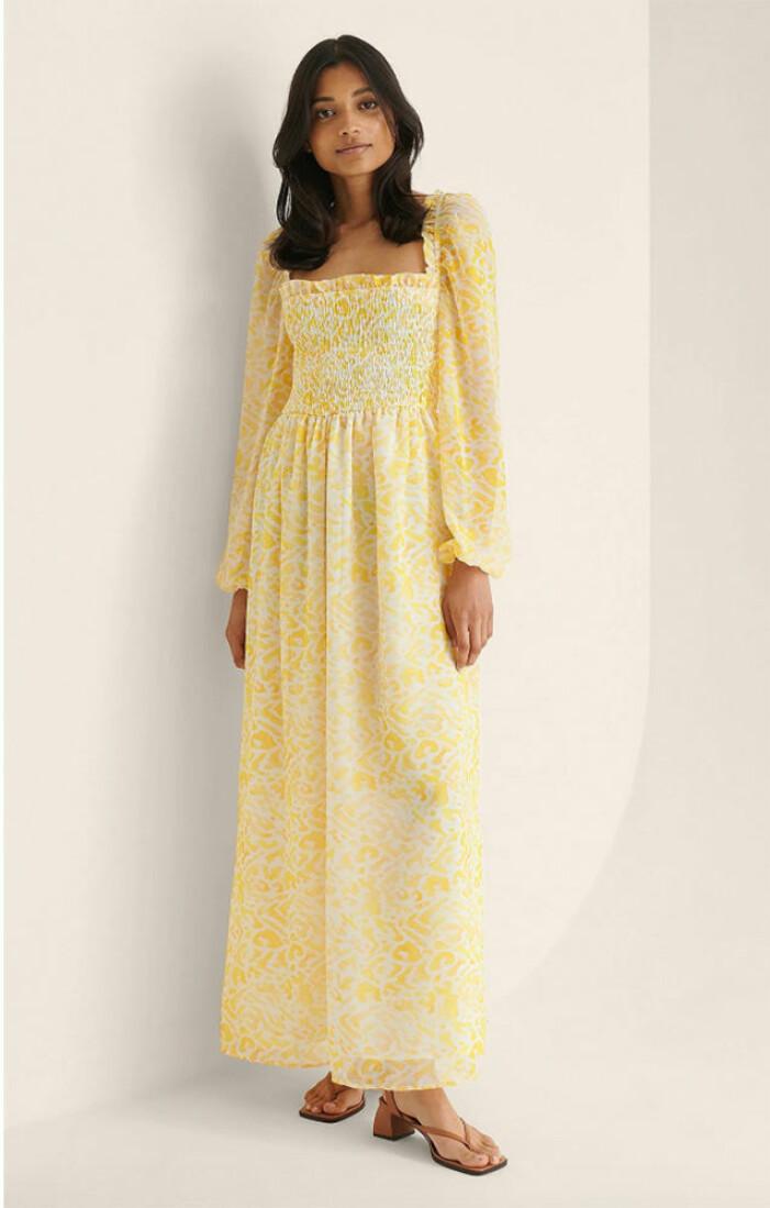 gul långklänning till midsommar 2021