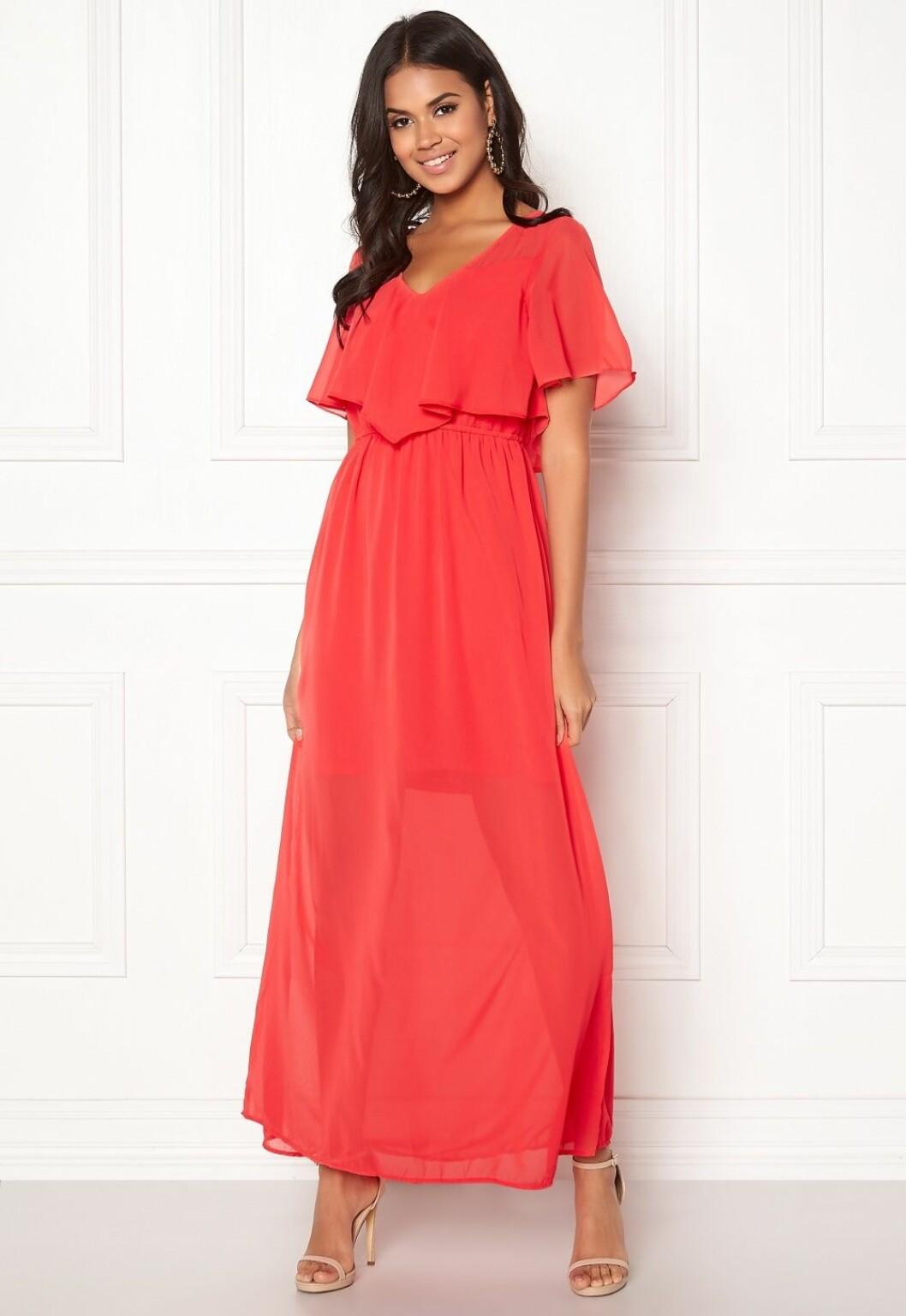Röd klänning till bröllop för dam 2019