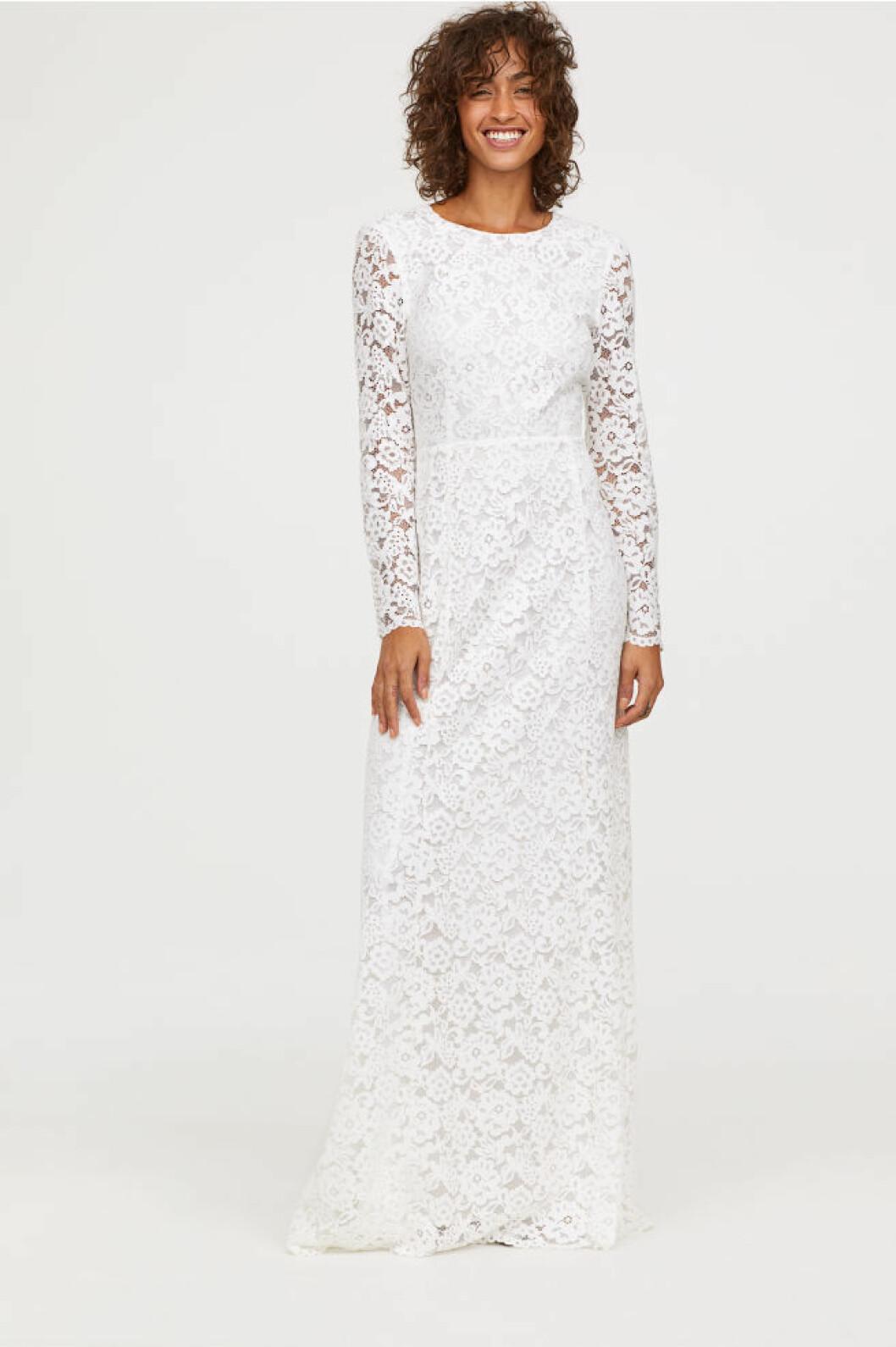 Långärmad spetsklänning från H&M