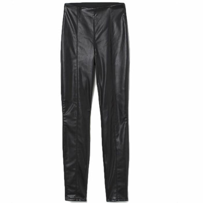 Leggings i läderimitation med hög midja från H&M.