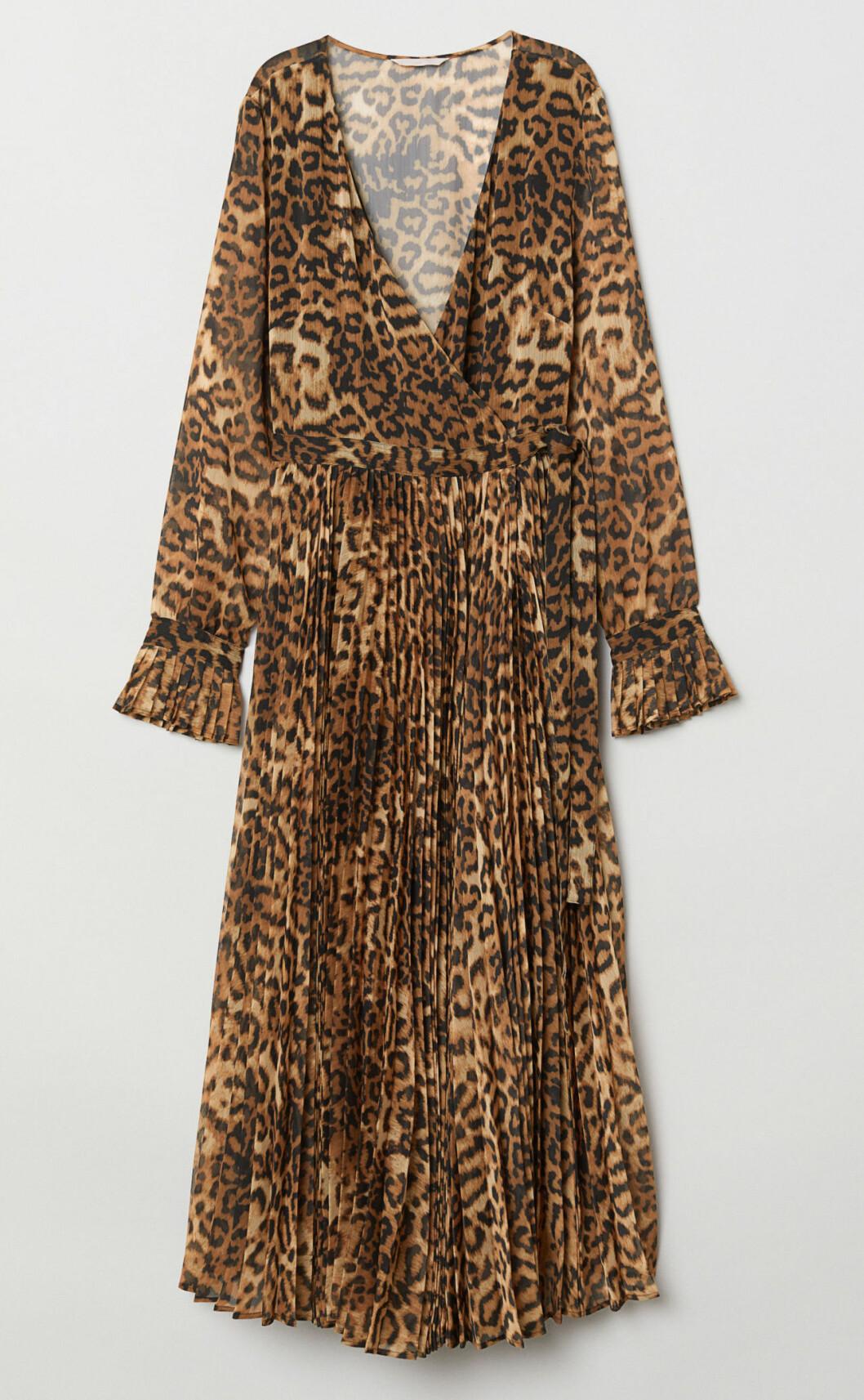 Leopardmönstrad klänning