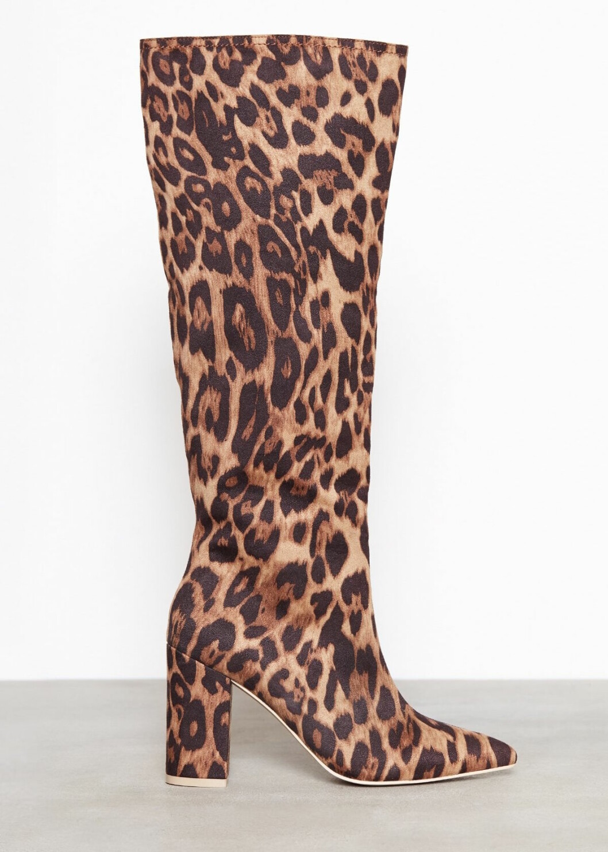 Leopardmönstrade boots
