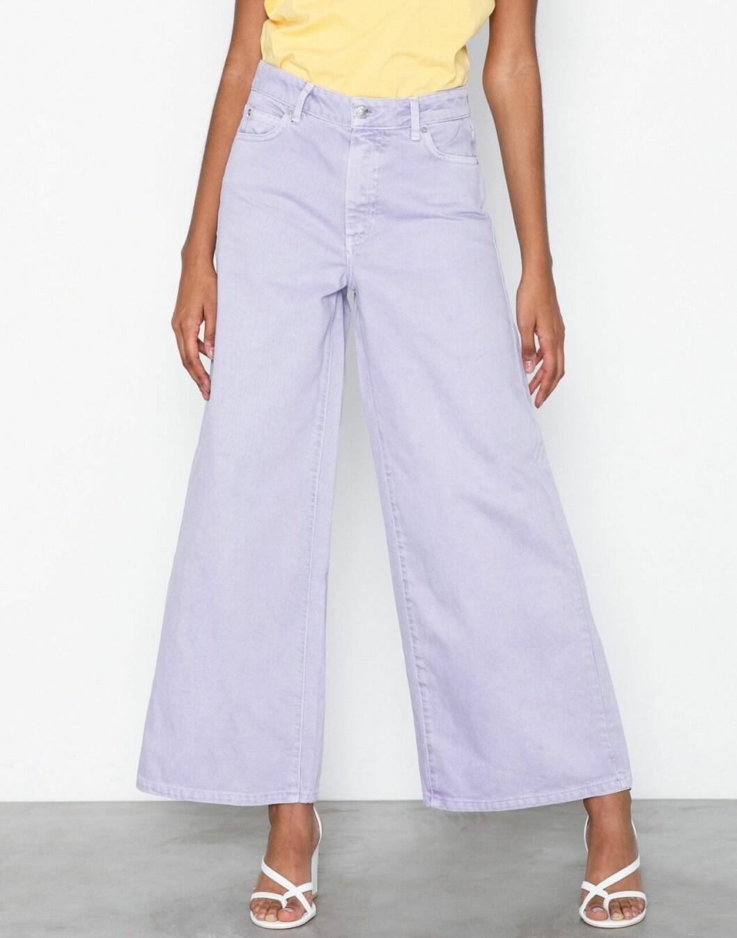 Lila jeans med vida ben för dam till 2020
