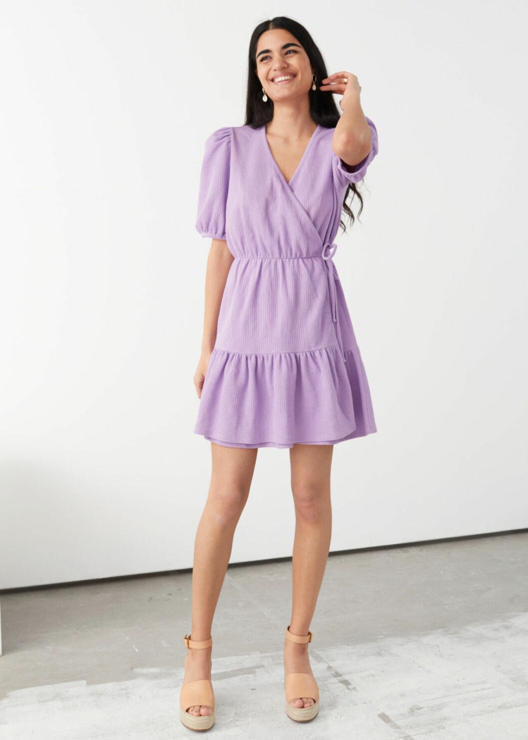 Lila klänning till midsommar för dam till 2020
