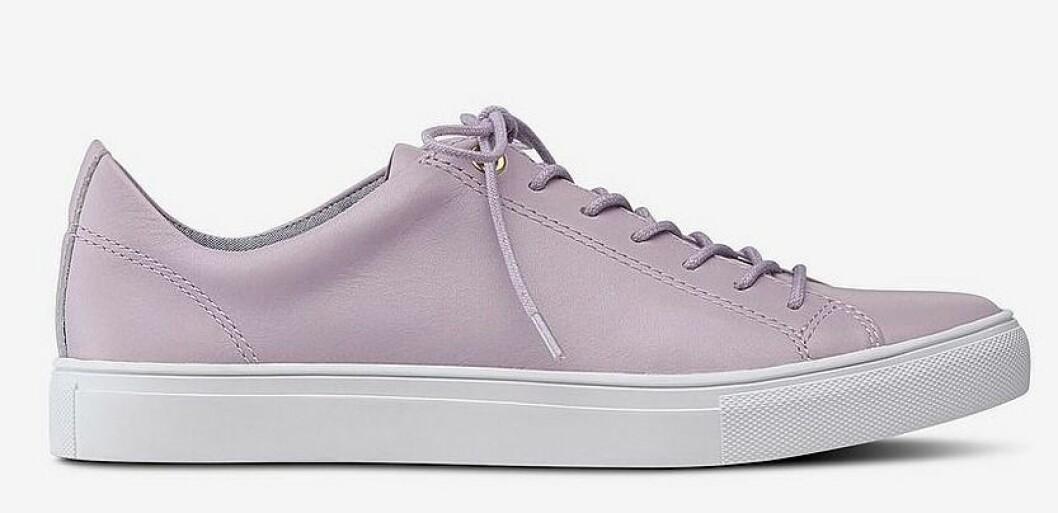 Lila sneakers i skinn till dam från Ellos för våren 2019