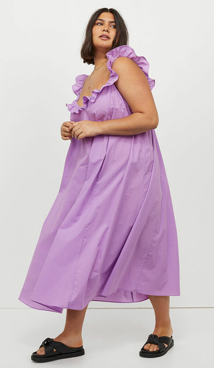 lila volangklänning från H&M+