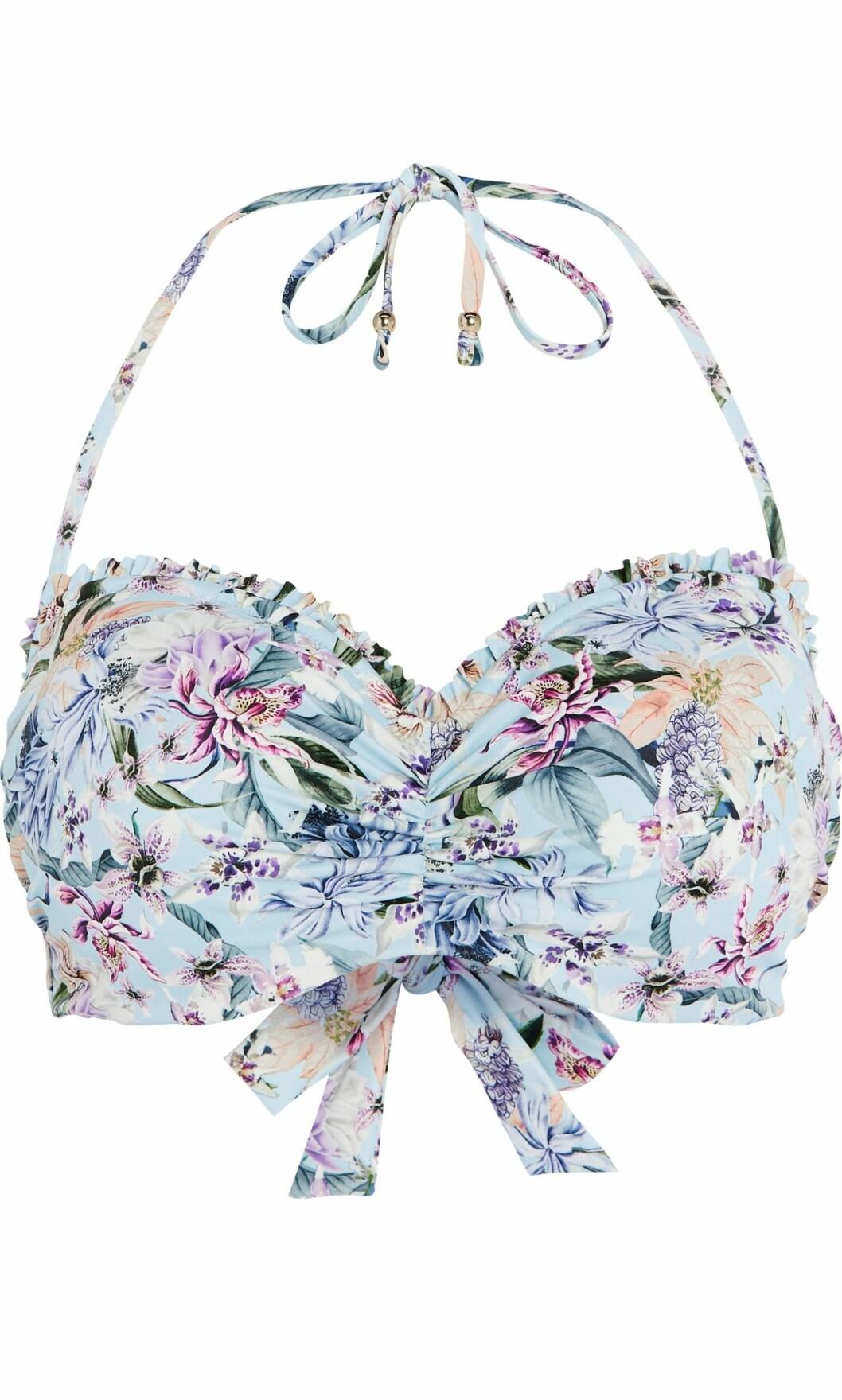 Lindex och By Malinas sommarkollektion – mönstrad bikiniöverdel i blått i större storlek