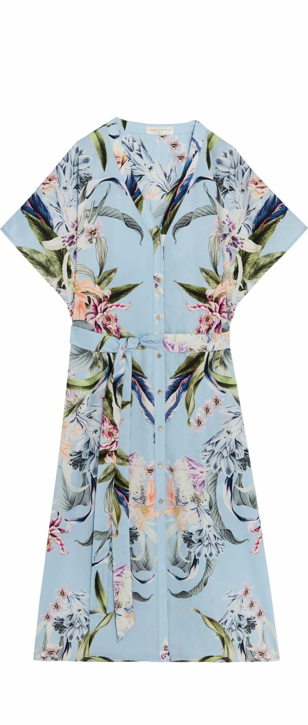 Lindex och By Malinas sommarkollektion – blå skjortklänning