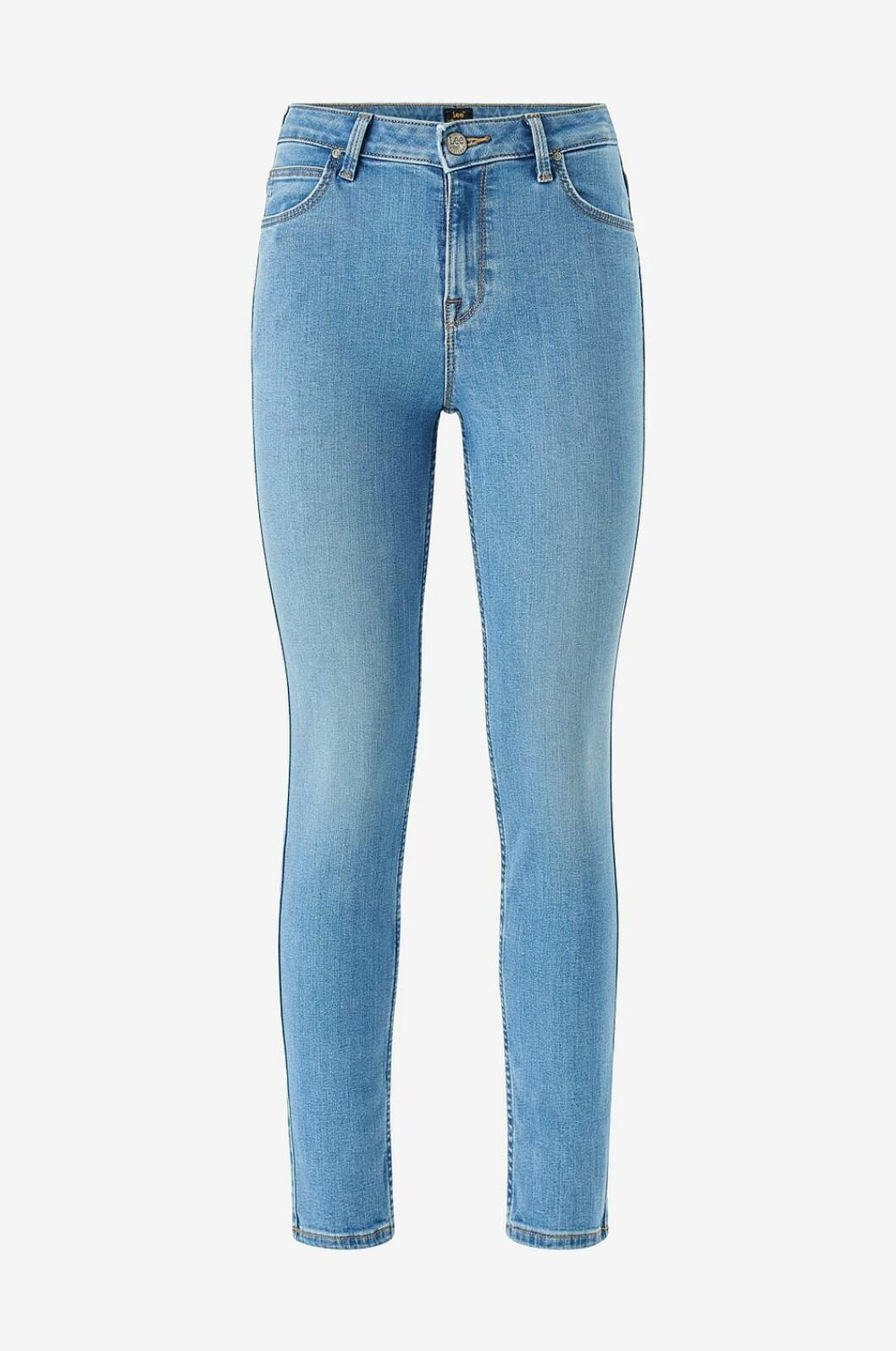 Ljusa jeans med hög midja till våren 2020