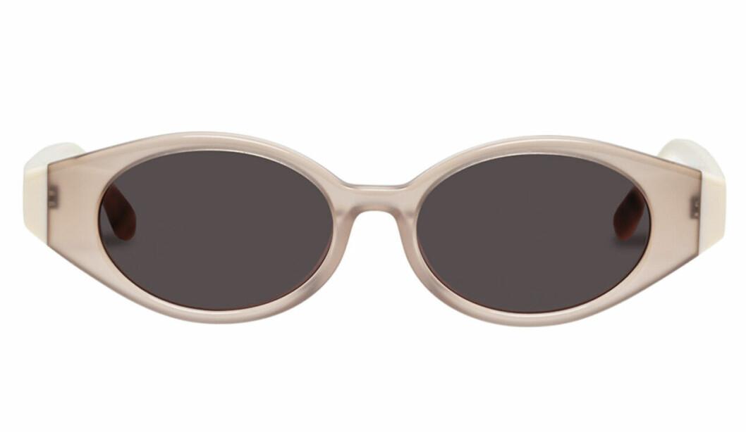 Ljusa ovala solglasögon för dam till 2020