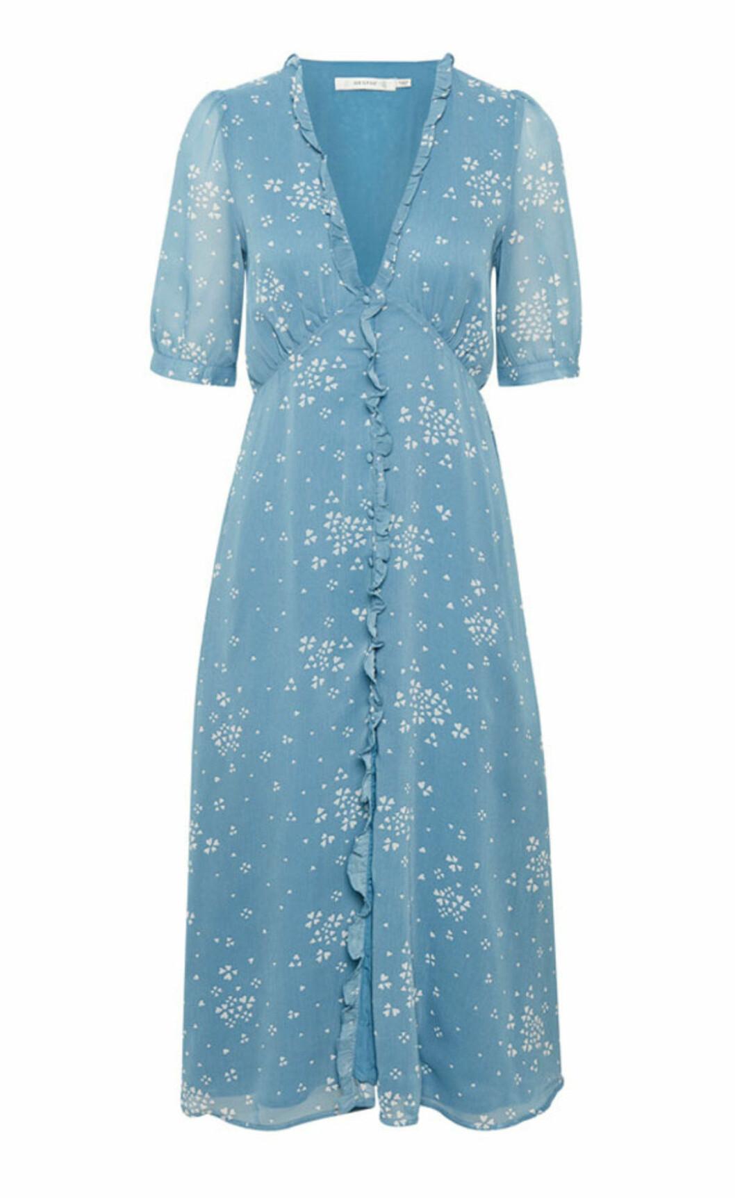 Ljusblå klänning till hösten 2019