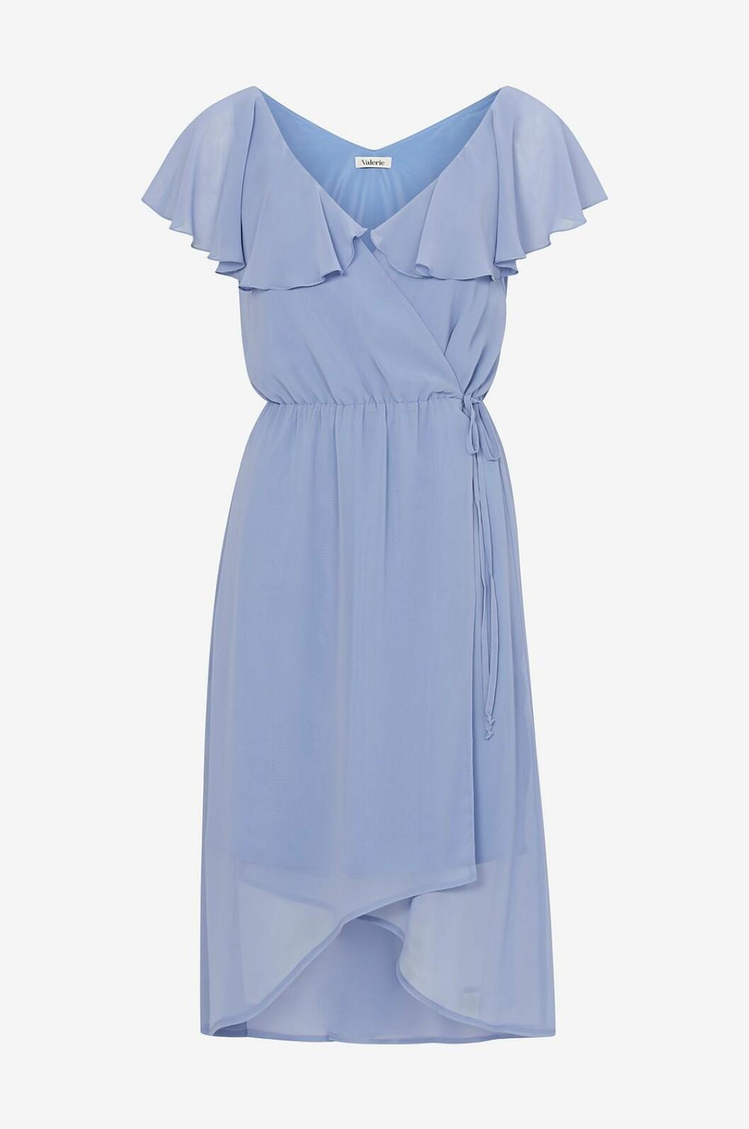 Ljusblå klänning till bröllop sommaren 2019