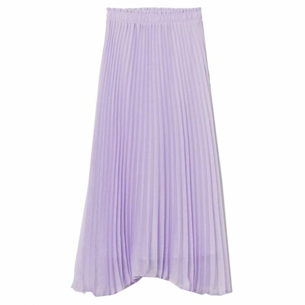 Plisserad ljuslila kjol från H&M