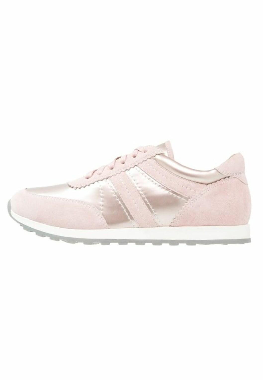 Ljusrosa-sneakers-pier-one