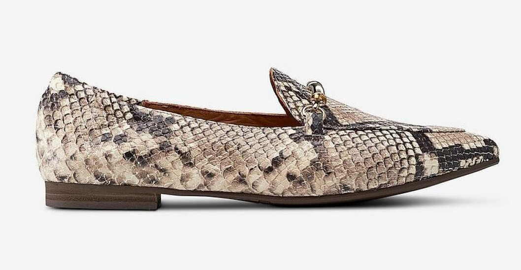 Djurmönstrade loafers