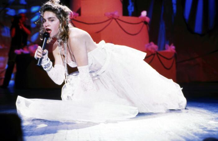 Madonna i klänning på MTV