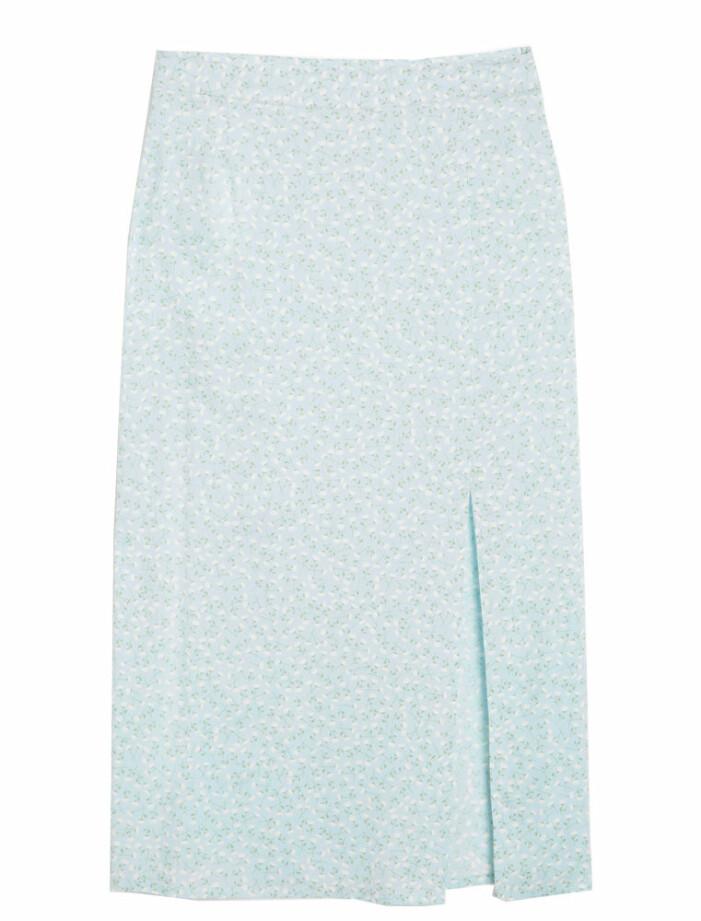 ljusblå kjol med slits