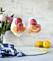 Recept på proseccodrink med citron och hallonsorbet.