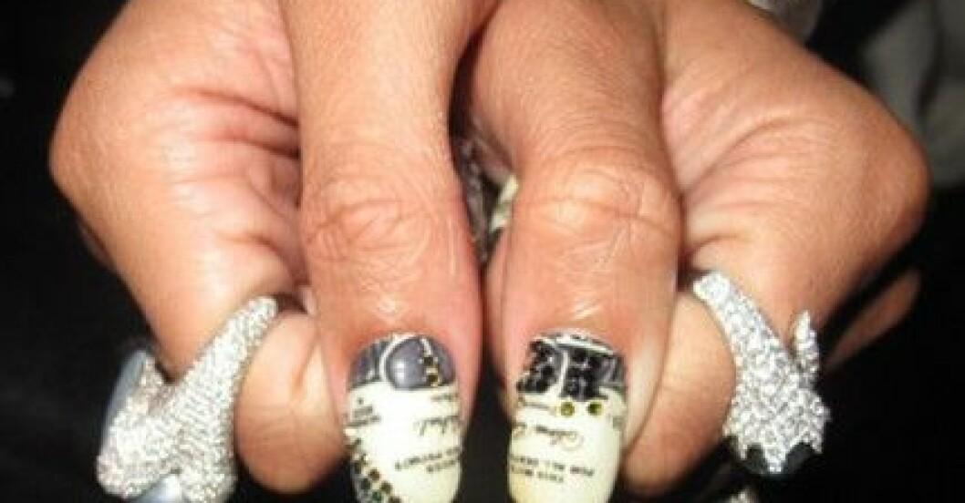 Minx-Rihanna-nails