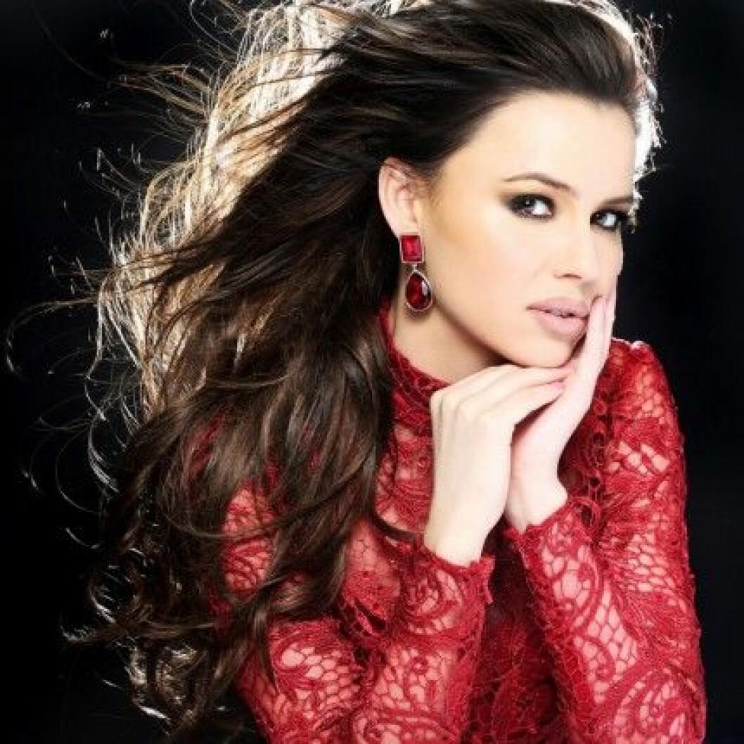 Camilla Hansson är Miss Universe Sweden 2014.