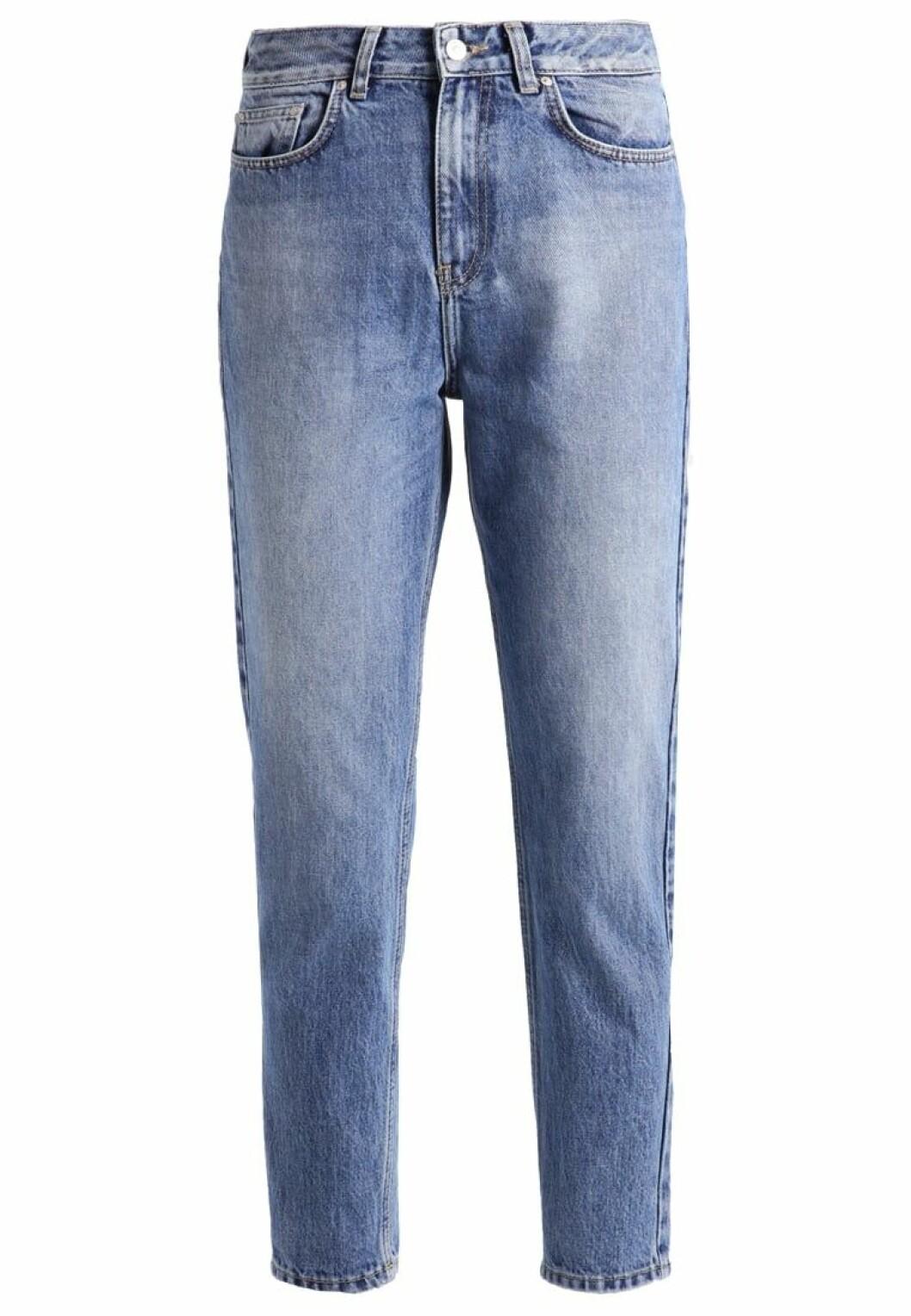 mom jeans avslappnade