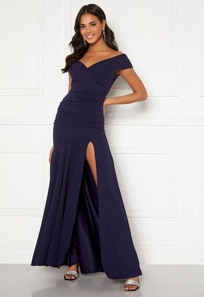 mörbkblå balklänning med spets