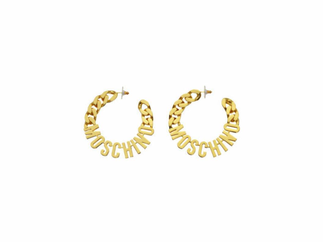 Guldiga örhängen med logo Moschino [tv] H&M