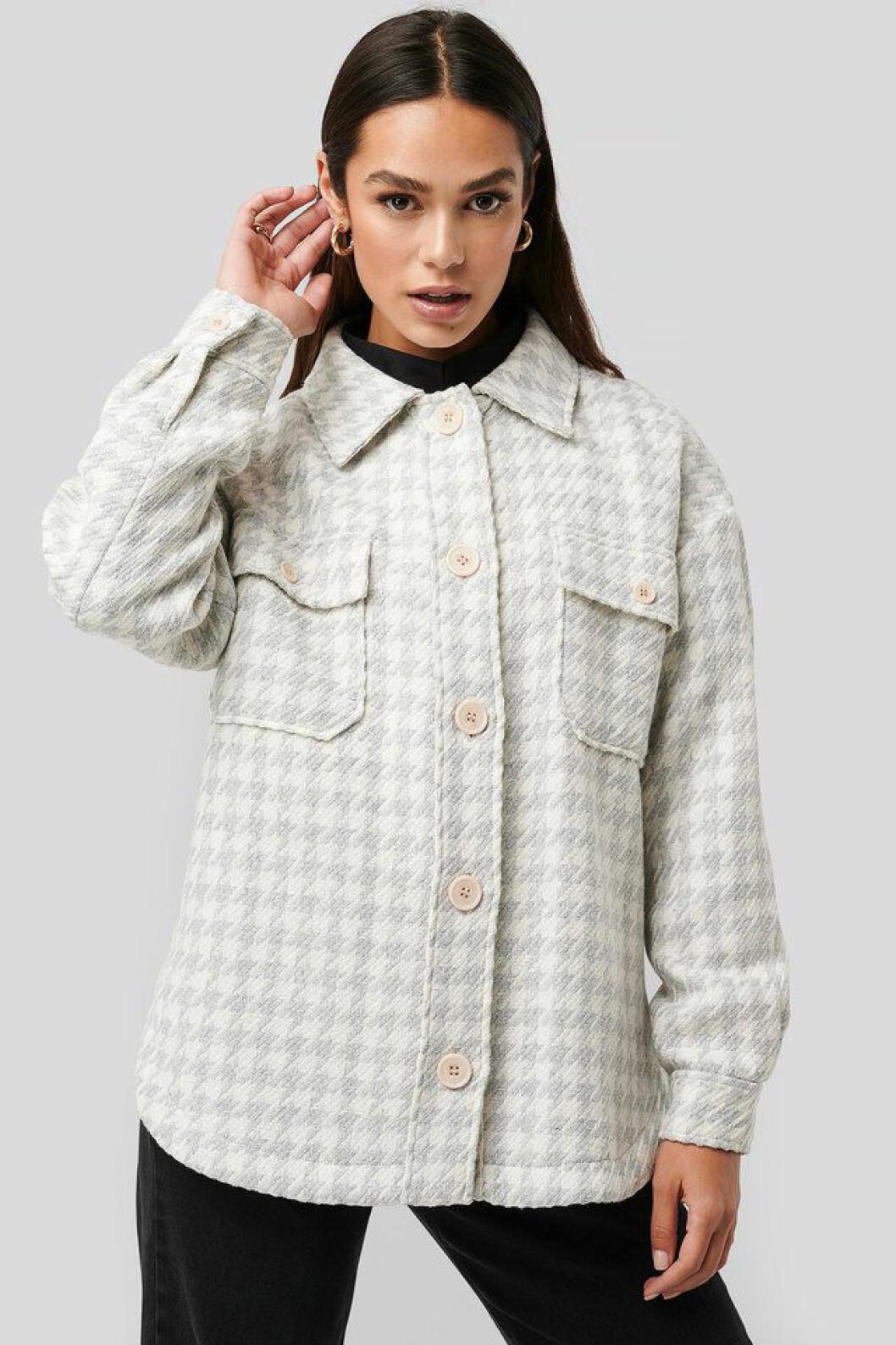 Mönstrad skjortjacka från Na-kd