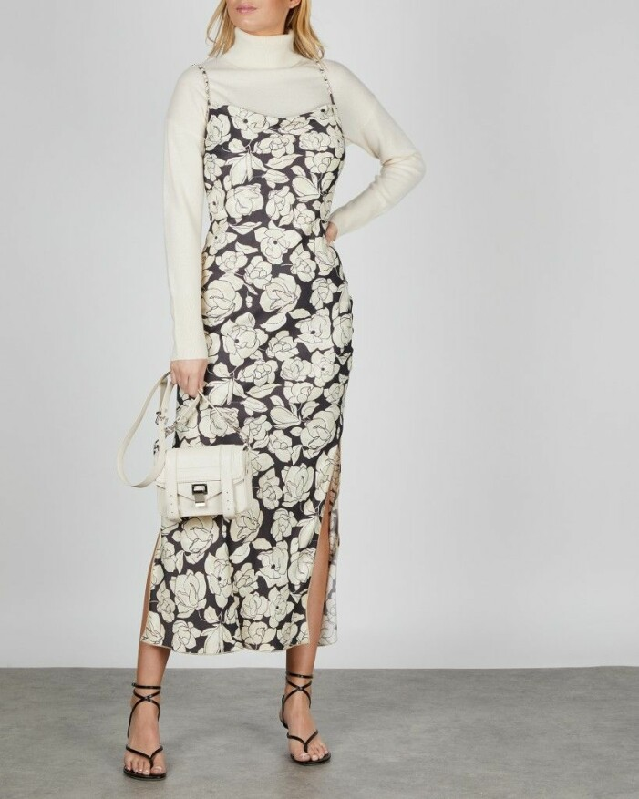 Storblommig klänning nanushka