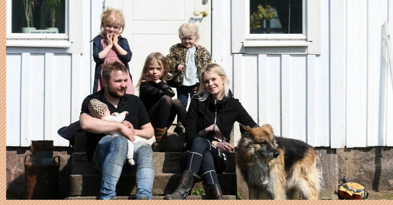 Natalie från unga mammor med nya man och fyra av sina fem barn.