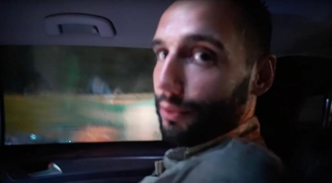 nicole falcianis nya pojkvän i närbild åker bil