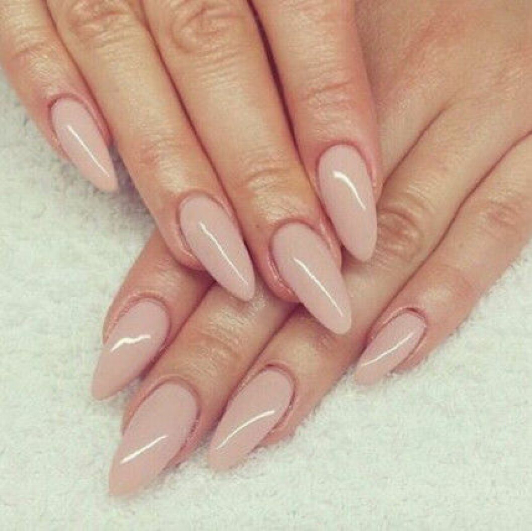 nude naglar