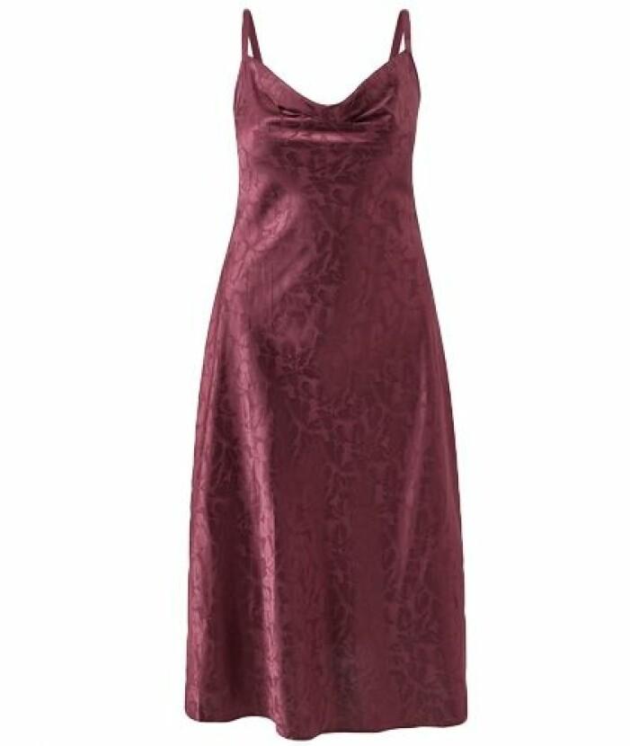röd klänning till balen