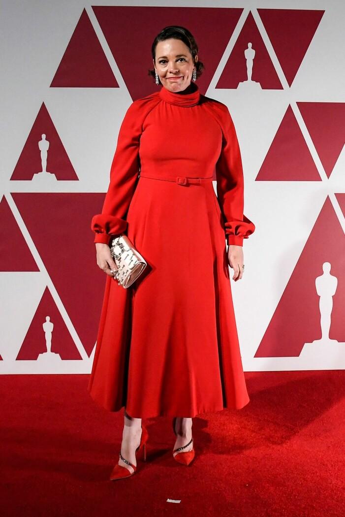 Olivia Colman på röda mattan på Oscarsgalan 2021