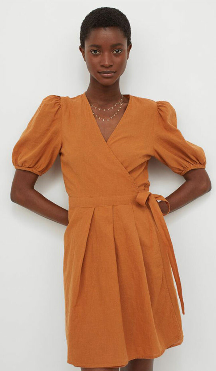 brunorange omlottklänning