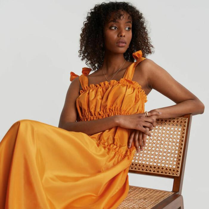 orange klänning