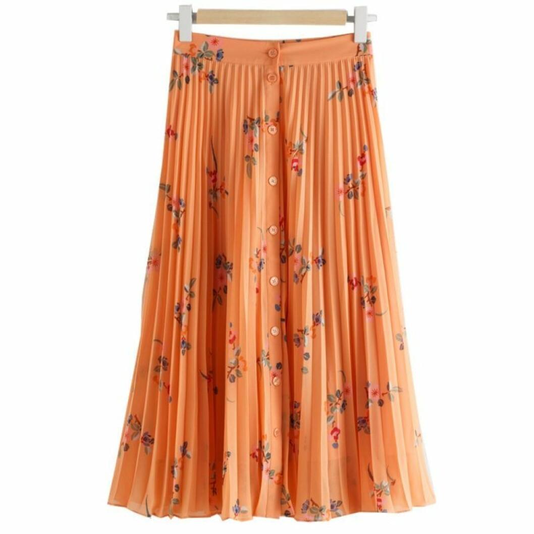Orange plisserad kjol från & Other Stories