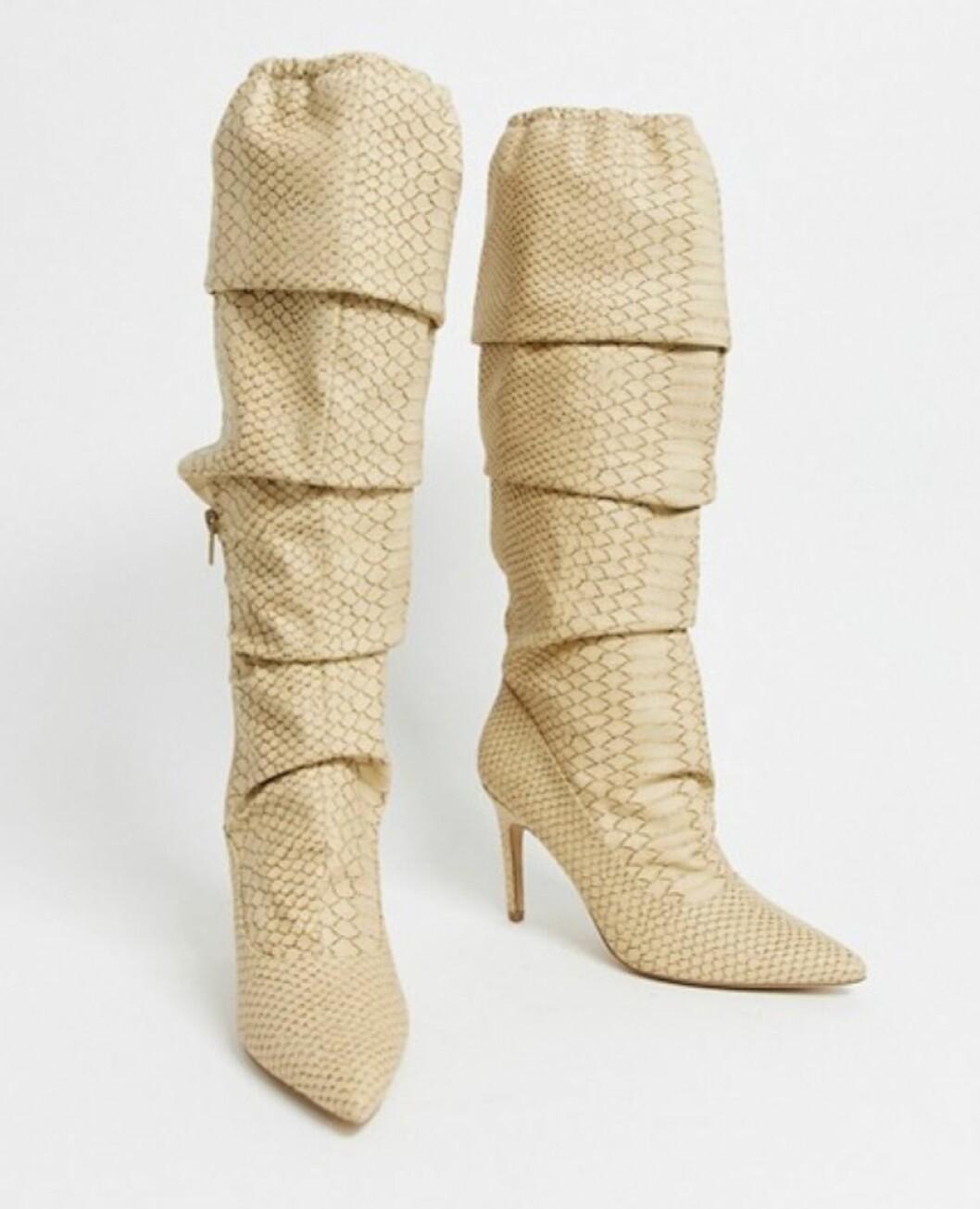 Ormskinnsmönstrade knähöga boots för dam