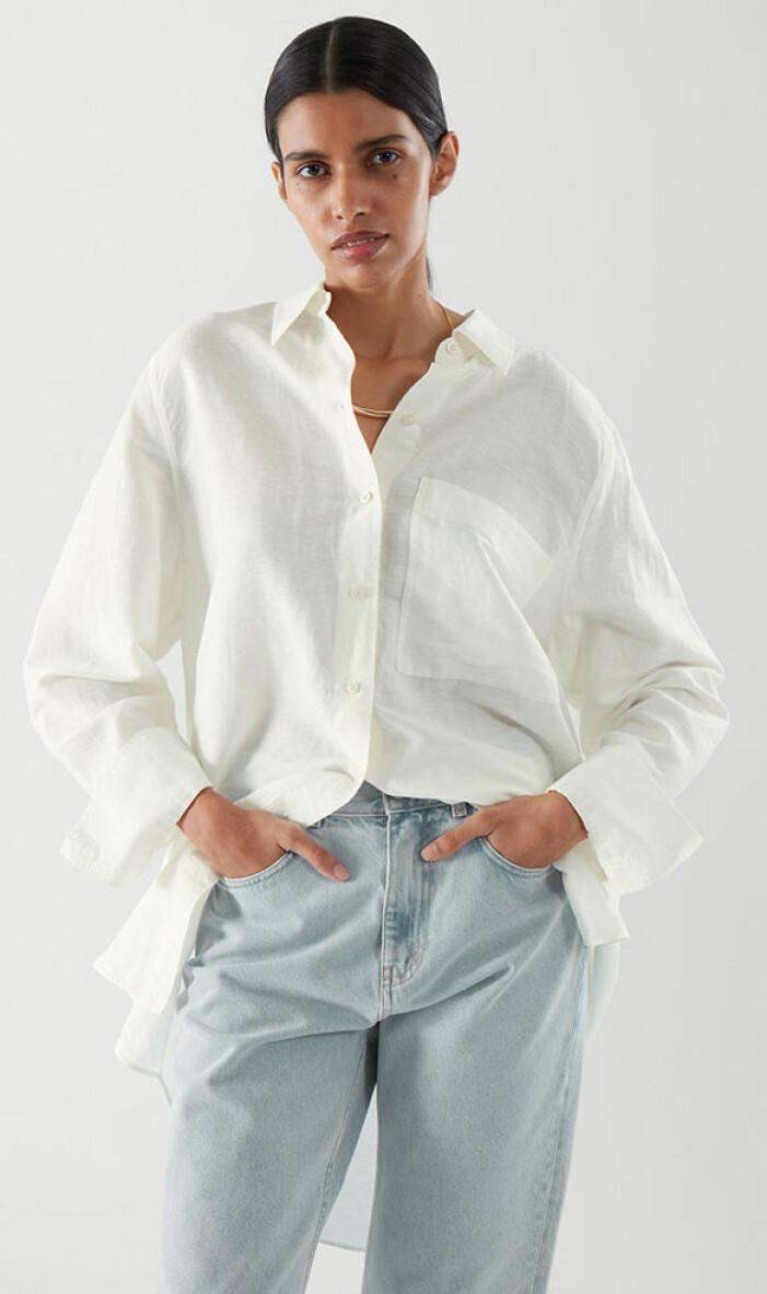 vit oversized skjorta i linne från cos