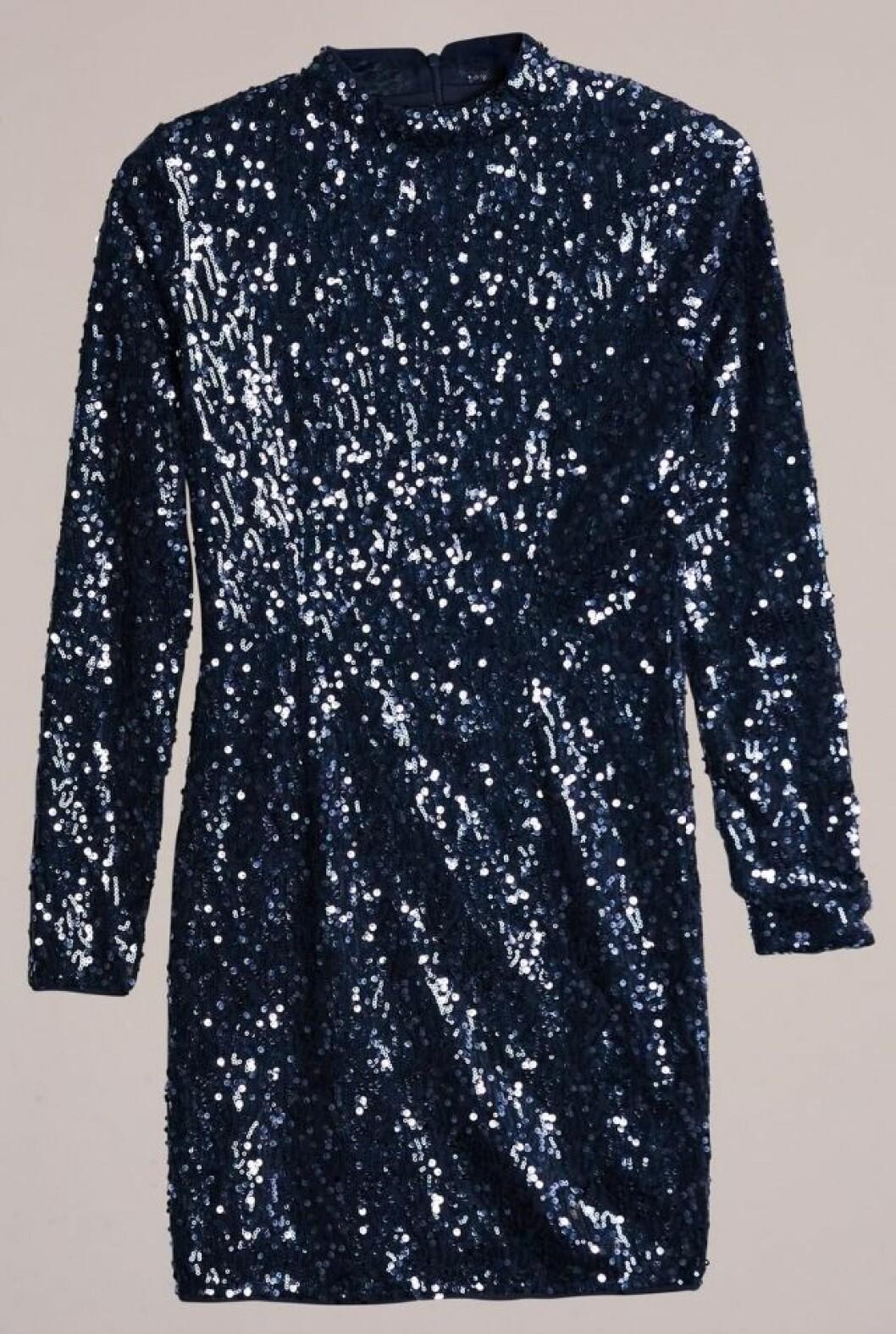 Glittrig paljettklänning till nyår