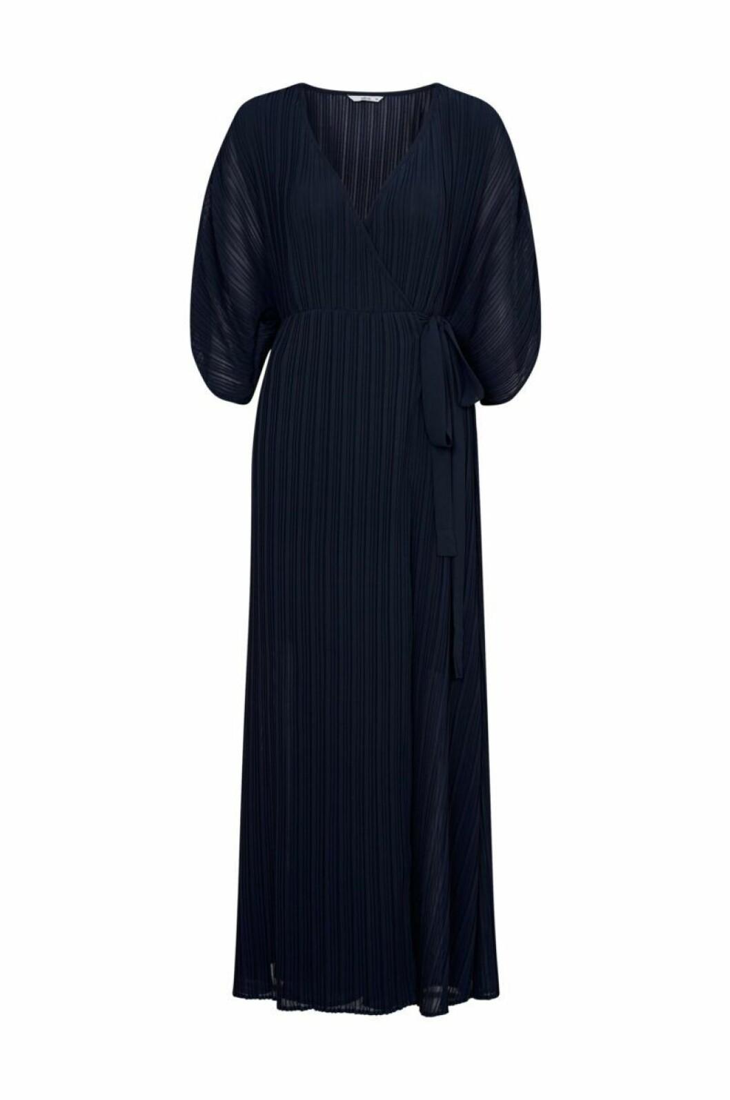 Plisserat klänning i mörkblått